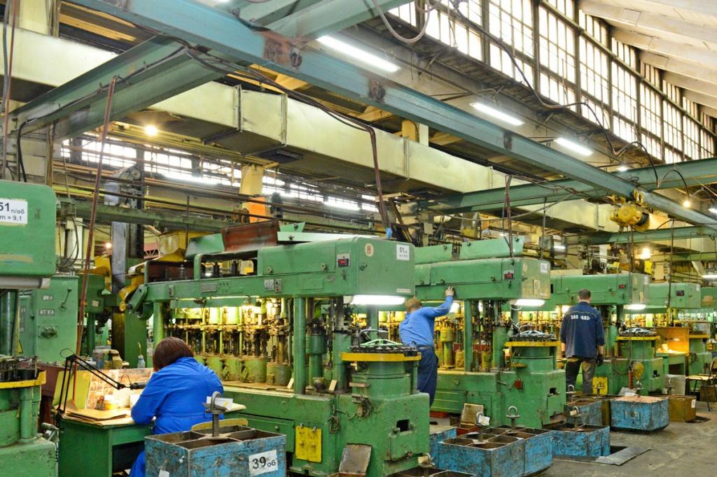 Хк барнаульский станкостроительный завод